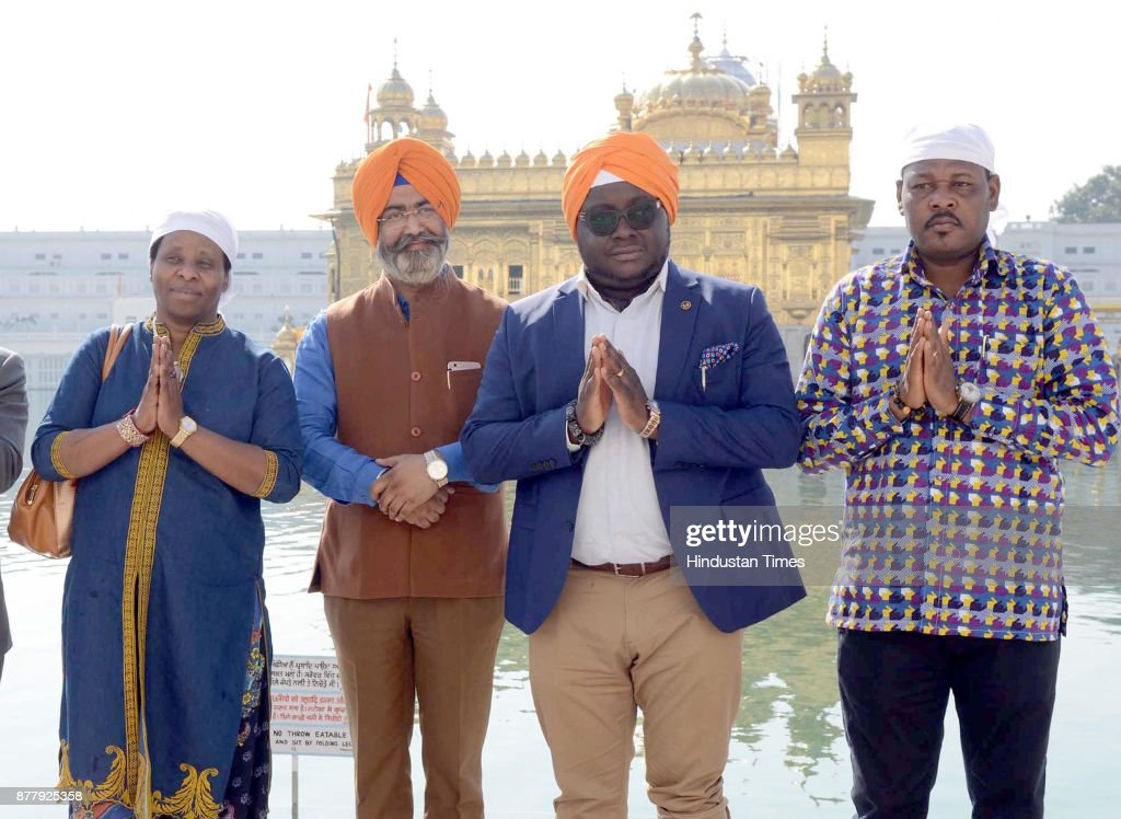 High Commissioner Of Ghana Michael Aaron Yaw Nii Nortey Paying Obeisance At Golden Temple