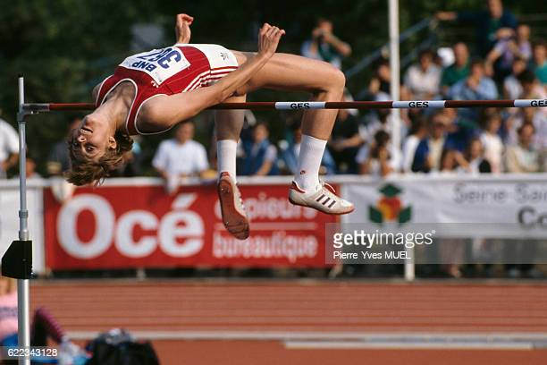 High jumper Tamara Bykova from USSR during the 1989 SaintDenis Meeting | Location StDenis France