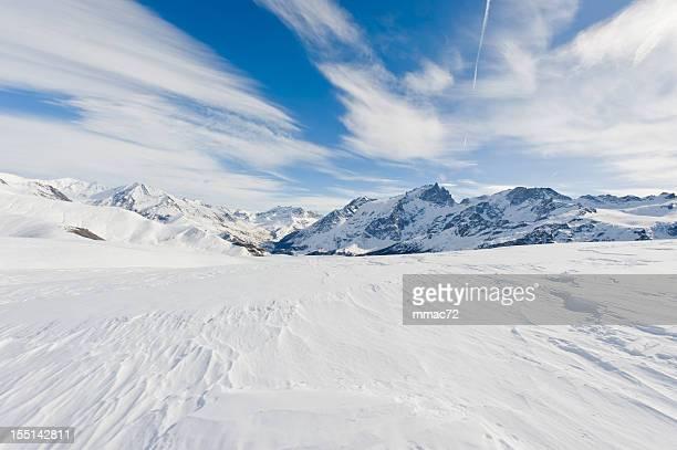 High Mountain Landschaft an einem sonnigen Tag