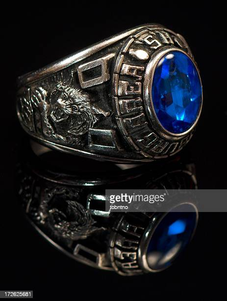 High School / College Ring