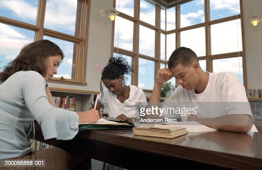 Make my homework  Make homework vs do homework in English   Jakub