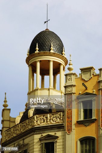 High section view of a building, Barcelona, Spain : Foto de stock