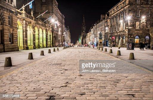 High Street (Royal Mile), Edinburgh, night