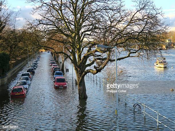 High tide, Richmond Upon Thames