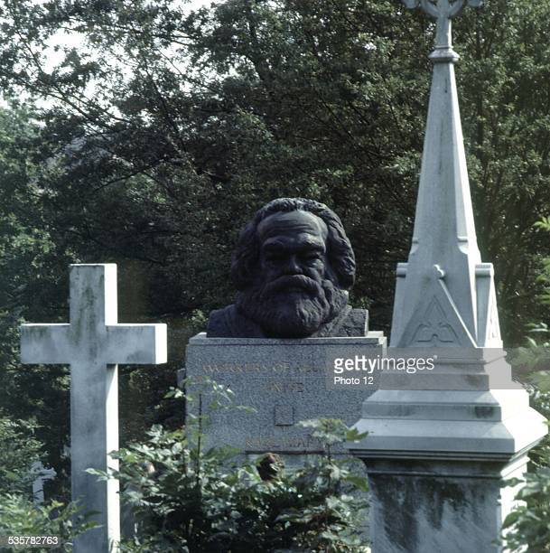 Highgate cemetery Karl Marx's grave 20th century England