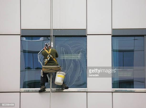 High-rise window washer