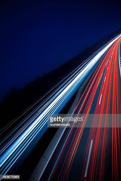 highway bei Nacht