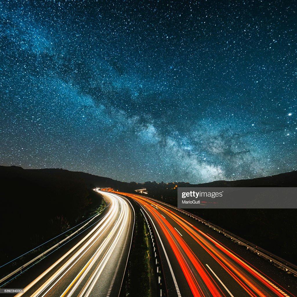 Highway の夜 : ストックフォト