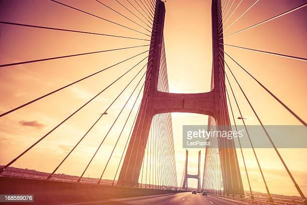 Rodovia com Ponte Vasco da Gama, Lisboa, a Europa