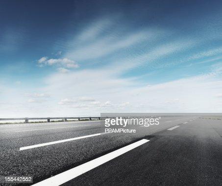 Estrada principal