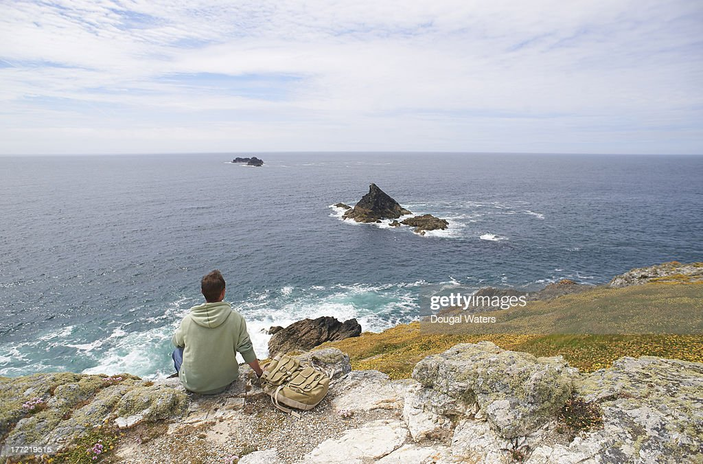 i sit and look out essay Answer to help i sit and look out walt whitman i sit and look out upon all the sorrows of the world, and upon all oppression and shame i hear secret convulsive.