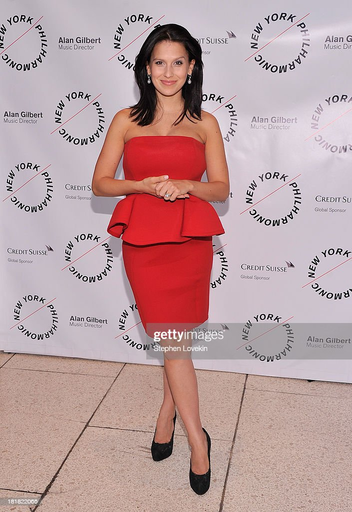 Hilaria Baldwin attends The New York Philharmonic 172nd Season Opening Night Gala at Avery Fisher Hall, Lincoln Center on September 25, 2013 in New York City.