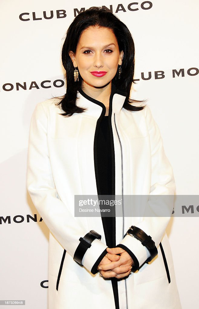 <a gi-track='captionPersonalityLinkClicked' href=/galleries/search?phrase=Hilaria+Baldwin&family=editorial&specificpeople=7856471 ng-click='$event.stopPropagation()'>Hilaria Baldwin</a> attends the opening celebration of Club Monoco's Fifth Avenue Flagship at Club Monaco Fifth Avenue on November 7, 2013 in New York City.
