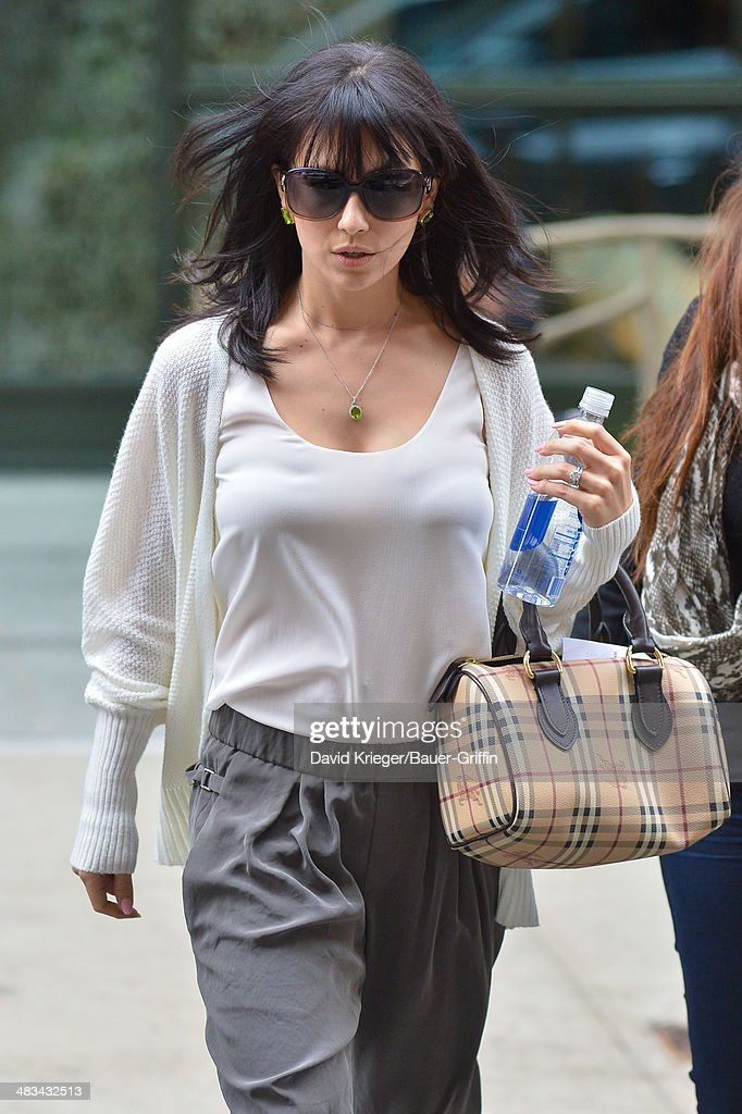 <a gi-track='captionPersonalityLinkClicked' href=/galleries/search?phrase=Hilaria+Baldwin&family=editorial&specificpeople=7856471 ng-click='$event.stopPropagation()'>Hilaria Baldwin</a> is seen at the Crosby Street Hotel on April 08, 2014 in New York City.
