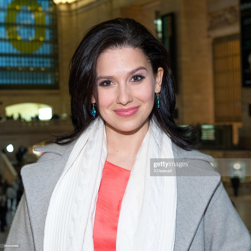 Hilaria Baldwin visits 'Extra' at Michael Jordan's The Steak House N.Y.C. in Grand Central Terminal on March 7, 2013 in New York City.