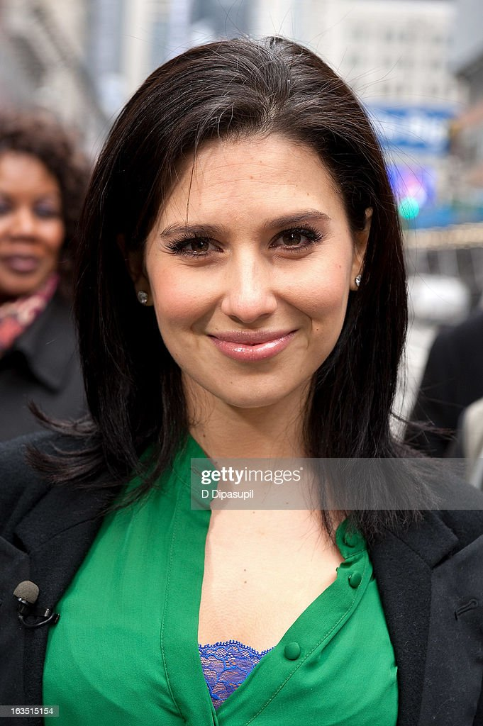 Hilaria Baldwin visits 'Extra' in Times Square on March 11, 2013 in New York City.