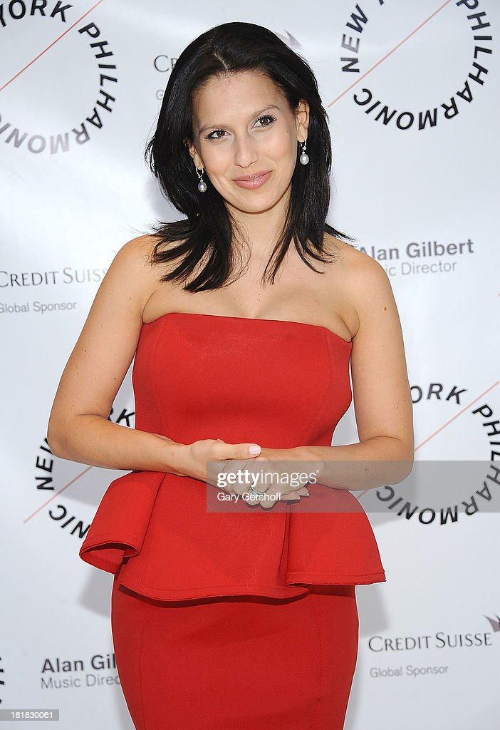 Hilaria Thomas Baldwin attends the New York Philharmonic 172nd Season Opening Night Gala at Avery Fisher Hall, Lincoln Center on September 25, 2013 in New York City.