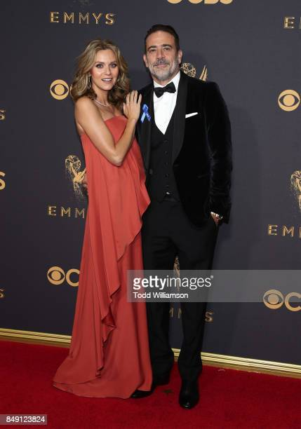 Hilarie Burton and Jeffrey Dean Morgan attend the 69th Annual Primetime Emmy Awards at Microsoft Theater on September 17 2017 in Los Angeles...