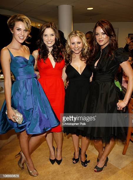 Hilarie Burton Sophia Bush Beverley Mitchell and Danneel Harris