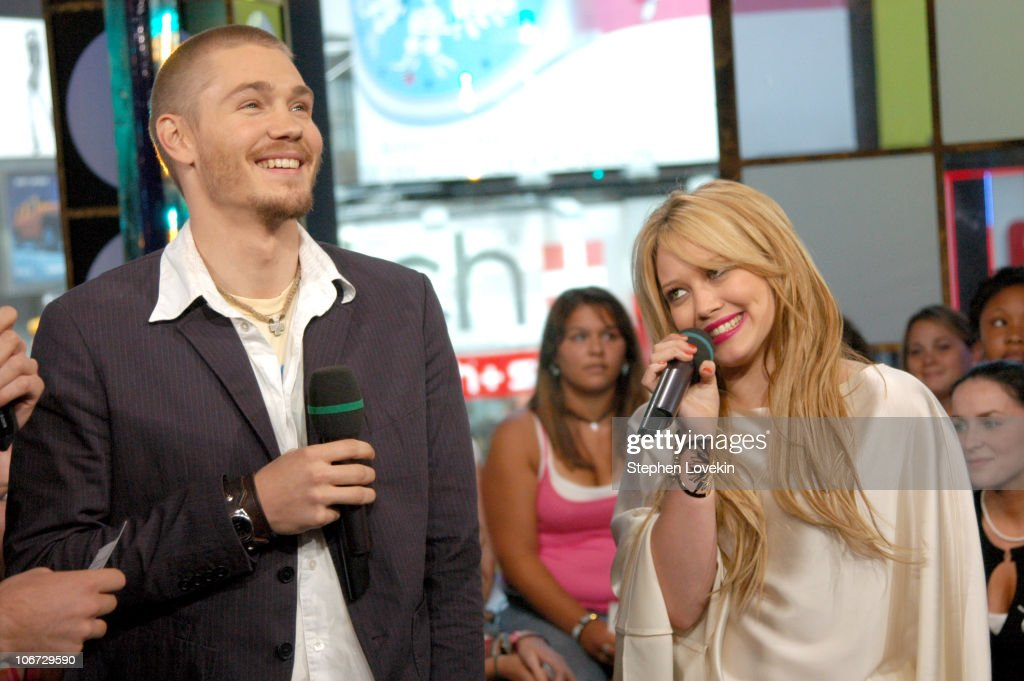 Hilary Duff, Chad Michael Murray and Sophia Bush Visit MTV ...