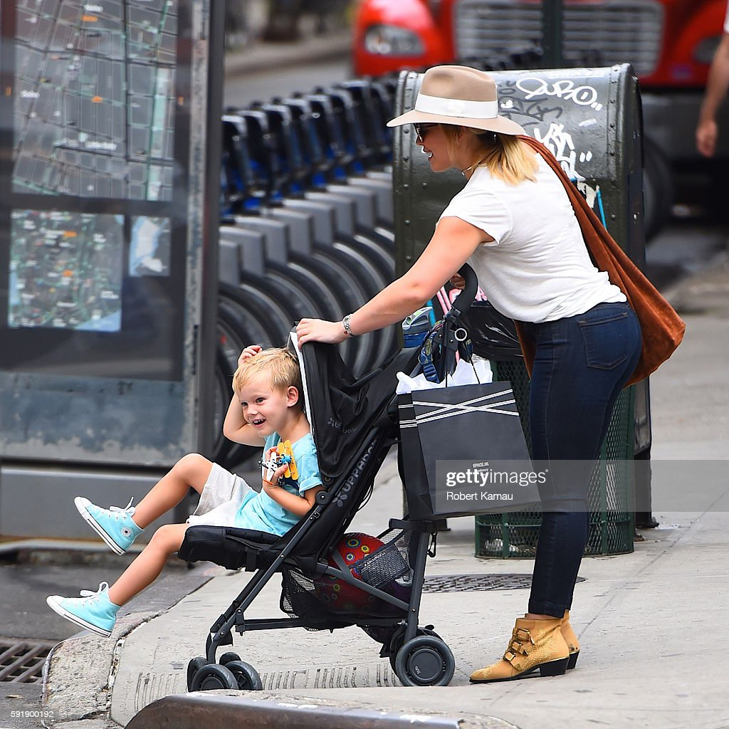 Hilary Duff Out And About With Son Luca Comrie In Studio City ...