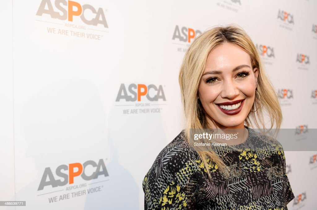 <a gi-track='captionPersonalityLinkClicked' href=/galleries/search?phrase=Hilary+Duff&family=editorial&specificpeople=201586 ng-click='$event.stopPropagation()'>Hilary Duff</a> attends ASPCA Celebrates Its Multi-Million Dollar Commitment To Los Angeles' Animals on May 6, 2014 in Beverly Hills, California.