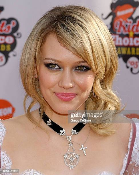 Hilary Duff during Nickelodeon's 18th Annual Kids Choice Awards Arrivals at UCLA Pauley Pavilion in Westwood California United States