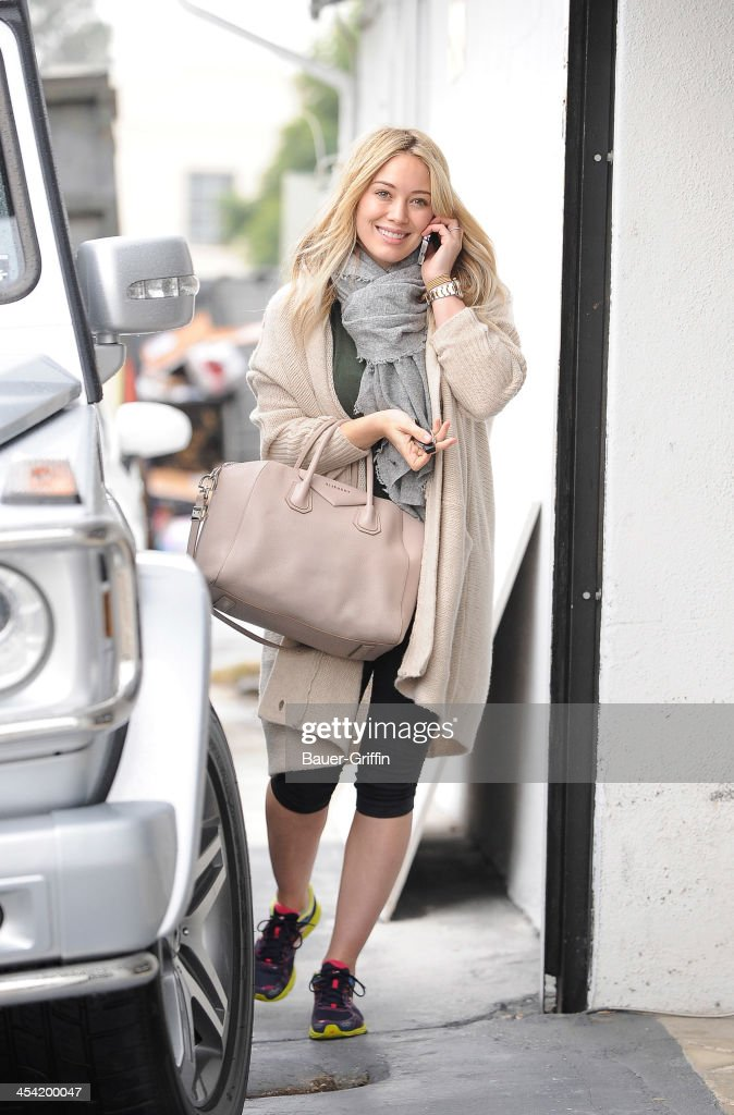 <a gi-track='captionPersonalityLinkClicked' href=/galleries/search?phrase=Hilary+Duff&family=editorial&specificpeople=201586 ng-click='$event.stopPropagation()'>Hilary Duff</a> is seen on December 07, 2013 in Los Angeles, California.