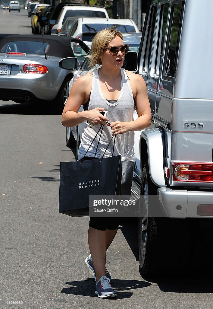 <a gi-track='captionPersonalityLinkClicked' href=/galleries/search?phrase=Hilary+Duff&family=editorial&specificpeople=201586 ng-click='$event.stopPropagation()'>Hilary Duff</a> is seen on May 16, 2014 in Los Angeles, California.