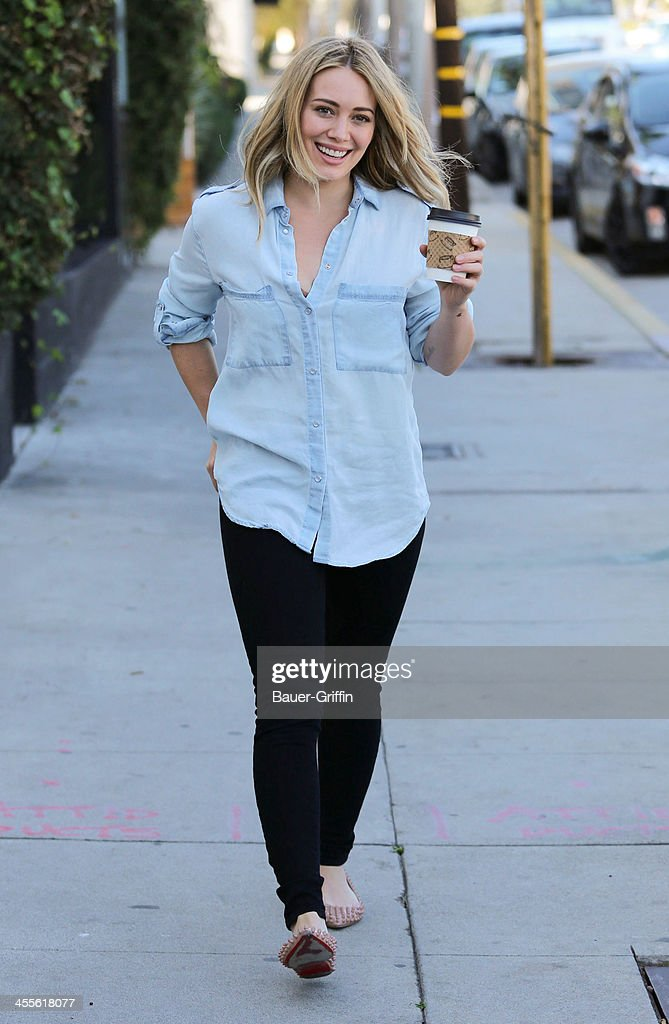 <a gi-track='captionPersonalityLinkClicked' href=/galleries/search?phrase=Hilary+Duff&family=editorial&specificpeople=201586 ng-click='$event.stopPropagation()'>Hilary Duff</a> is seen shopping on December 12, 2013 in Los Angeles, California.