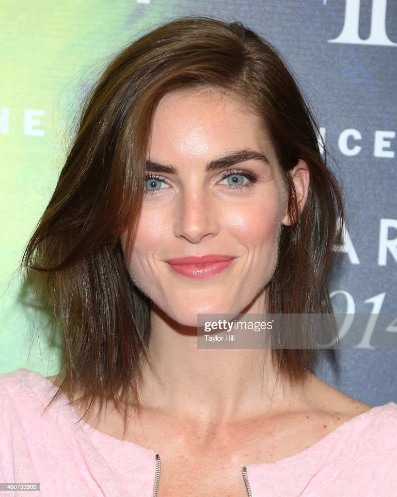 <a gi-track='captionPersonalityLinkClicked' href=/galleries/search?phrase=Hilary+Rhoda&family=editorial&specificpeople=637945 ng-click='$event.stopPropagation()'>Hilary Rhoda</a> attends 2014 Fragrance Foundation awards at Alice Tully Hall, Lincoln Center on June 16, 2014 in New York City.