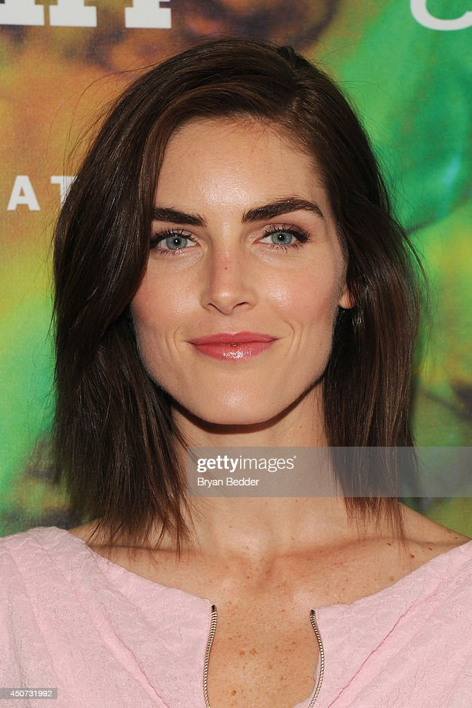 Hilary Rhoda attends the 2014 Fragrance Foundation Awards on June 16, 2014 in New York City.