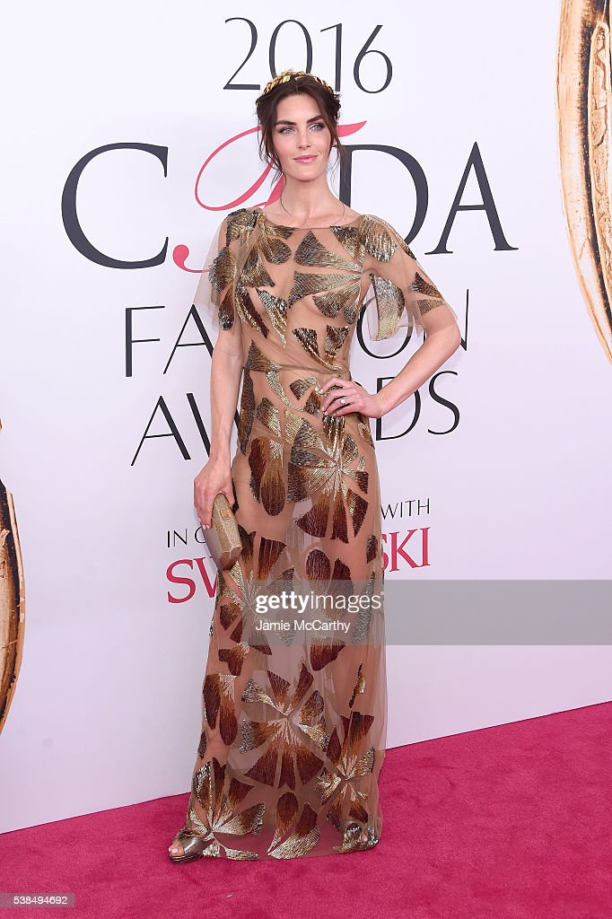 <a gi-track='captionPersonalityLinkClicked' href=/galleries/search?phrase=Hilary+Rhoda&family=editorial&specificpeople=637945 ng-click='$event.stopPropagation()'>Hilary Rhoda</a> attends the 2016 CFDA Fashion Awards at the Hammerstein Ballroom on June 6, 2016 in New York City.