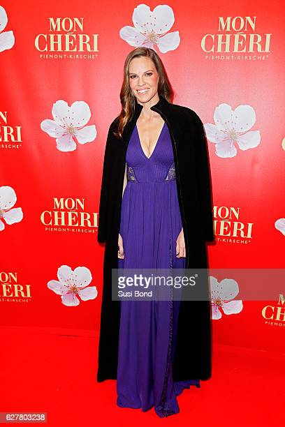 Hilary Swank attends the Mon Cheri Barbara Tag at Postpalast on December 2 2016 in Munich Germany