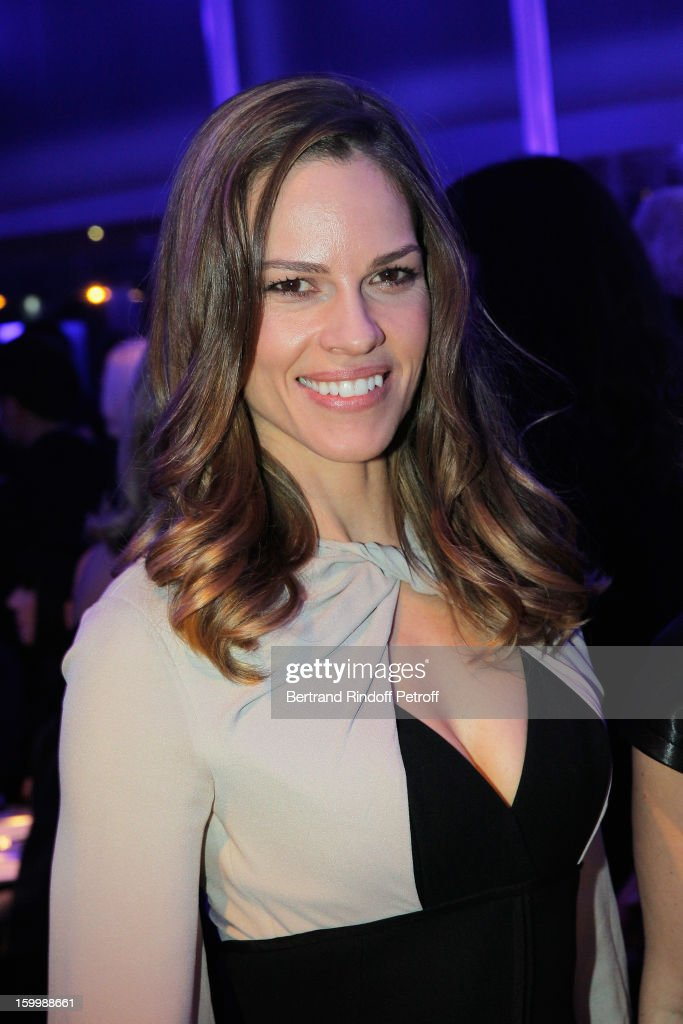 Hilary Swank, invited by Gerard Darel, attends the Sidaction Gala Dinner 2013 at Pavillon d'Armenonville on January 24, 2013 in Paris, France.
