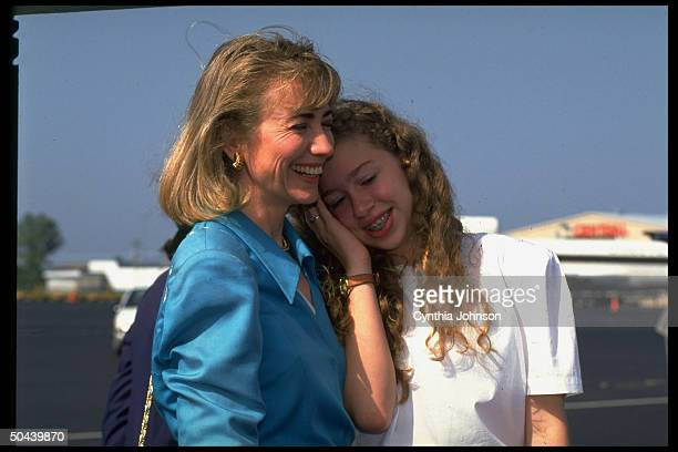 Hillary Rodham Clinton and daughter Chelsea at airport