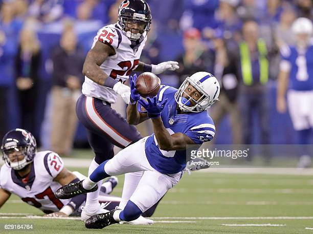 Y Hilton of the Indianapolis Colts catches a pass during the fourth quarter of the game against the Indianapolis Colts at Lucas Oil Stadium on...