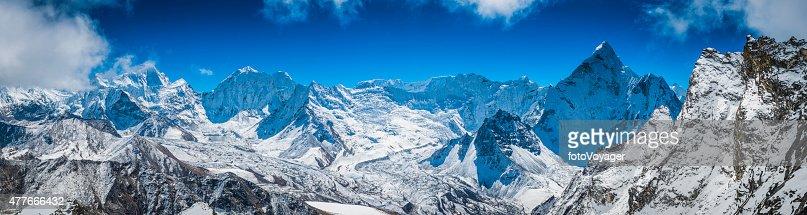Himalaya mountain summits panorama Island Peak Makalu Baruntse Ama Dablam