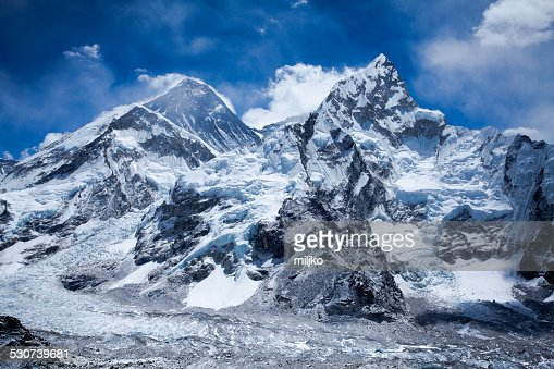 himalayas mountain range with mt everest stock photo getty images