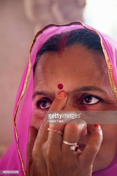 Hindu woman praying.