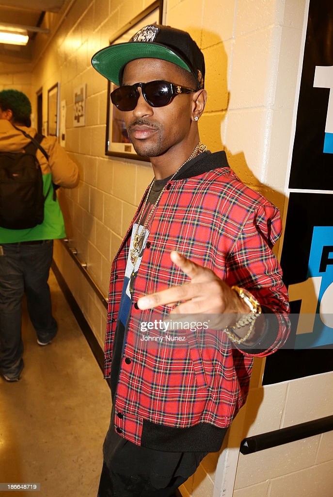 Hip hop artist <a gi-track='captionPersonalityLinkClicked' href=/galleries/search?phrase=Big+Sean&family=editorial&specificpeople=4449582 ng-click='$event.stopPropagation()'>Big Sean</a> attends Power 105.1's Powerhouse 2013, presented by Play GIG-IT, at Barclays Center on November 2, 2013 in New York City.
