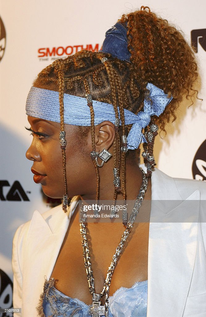 Hip Hop artist Da Brat arrives at the Smooth Pre-BET party at Club A.D. on June 23, 2003 in Los Angeles, California.