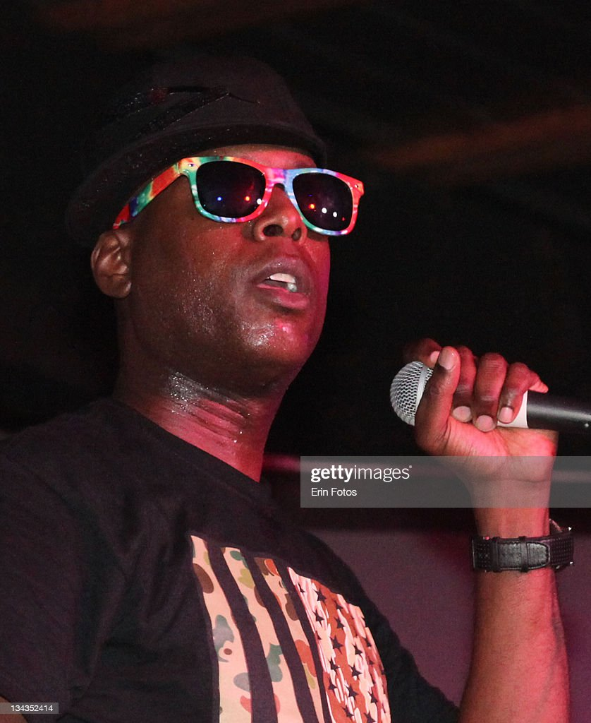 Hip hop artist Talib Kweli performs onstage at the 2011 SXSW Music Film Interactive Festival Van's Showcase at Emo's Main Room on March 16 2011 in...