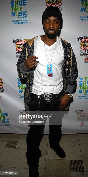 Hip Hop Singer Teddy Riley poses at VH1 Hip Hop Honors After Party Benefiting VH1 Save The Music Foundation at Providence October 4 2007 in New York...