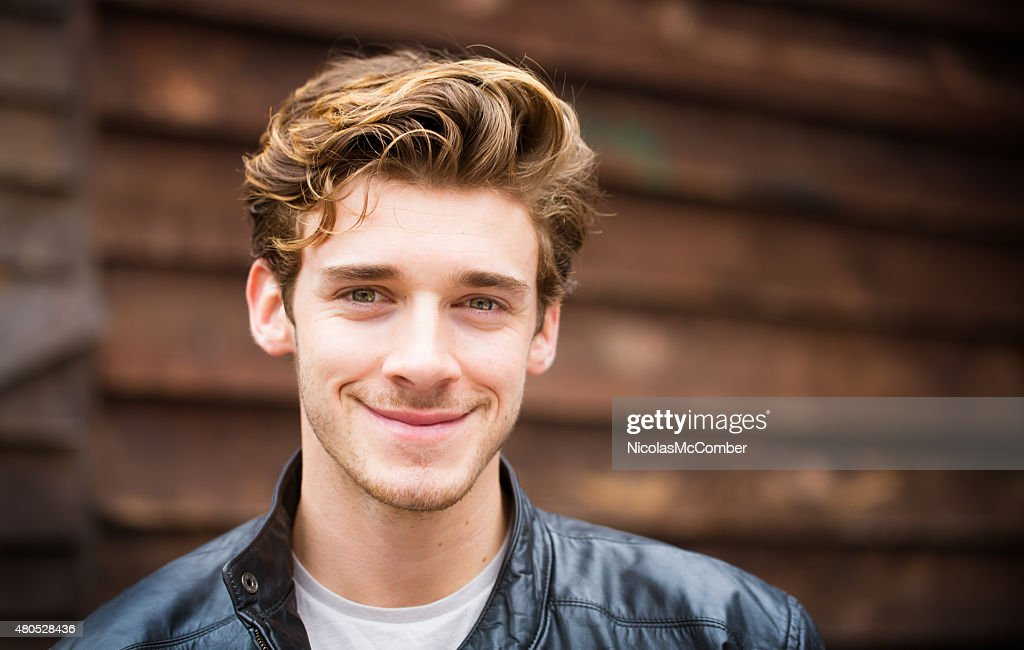 Hip young handsome British student Autumn portrait horizontal : Stockfoto