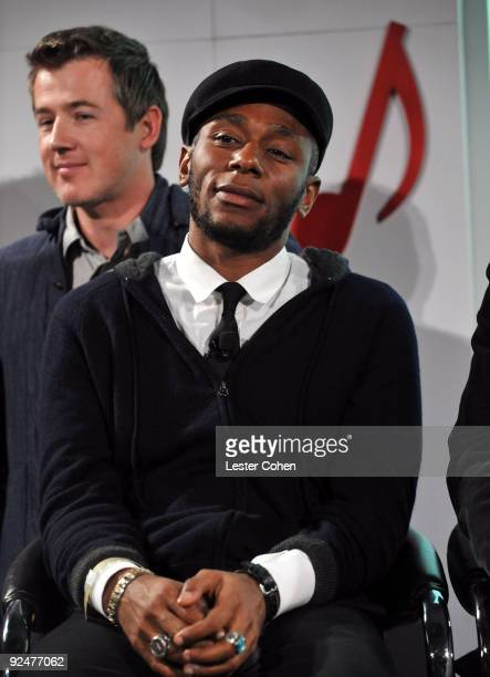 HipHop vocalist Mos Def attends the Google and MySpace Invite You To Discover Music Press Conference at Capitol Records Studio on October 28 2009 in...