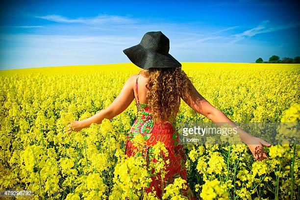 Hippy Girl abrazar principios de verano