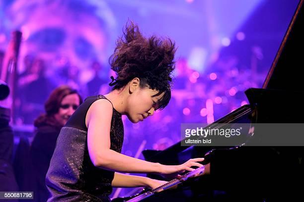 Hiromi Uehara bei der Night of the Proms 2013LanxessArena Köln
