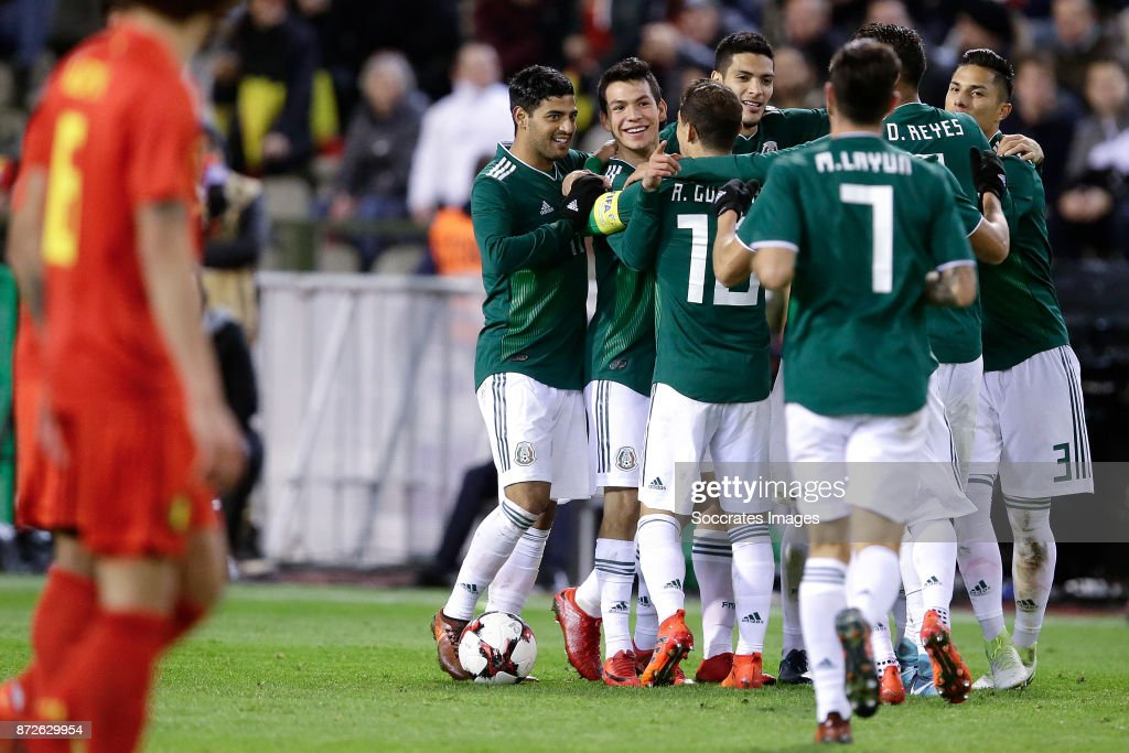 Hirving Lozano of Mexico celebrates 2-2 with Giovanni Dos Santos of Mexico, Andres Guardado of Mexico, Diego Reyes of Mexico, Miguel Layun of Mexico during the International Friendly match between Belgium v Mexico at the Koning Boudewijnstadion on November 10, 2017 in Brussel Belgium
