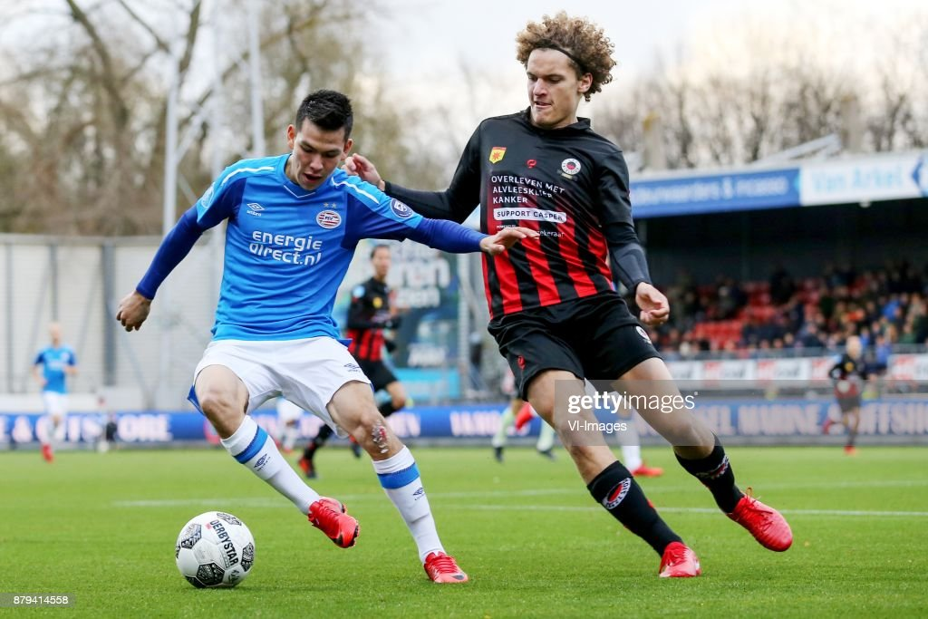 Hirving Lozano of PSV, Wout Faes of Excelsior during the Dutch Eredivisie match between sbv Excelsior Rotterdam and PSV Eindhoven at Van Donge & De Roo stadium on November 26, 2017 in Rotterdam, The Netherlands